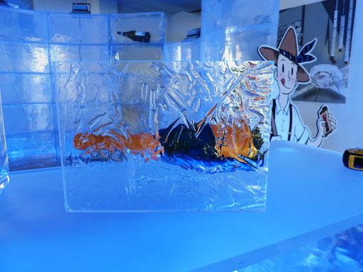 Acryl-Eis 9