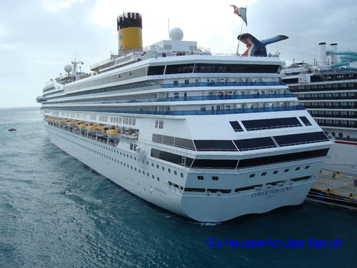 Costa Fortuna am Pier von St. Maarten