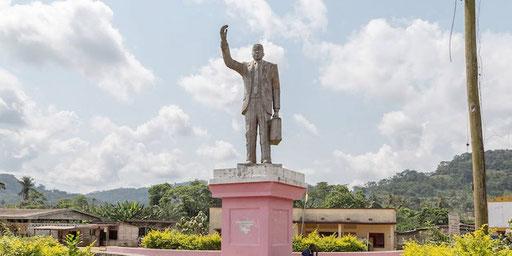 Eseka Monument Um Nyobe