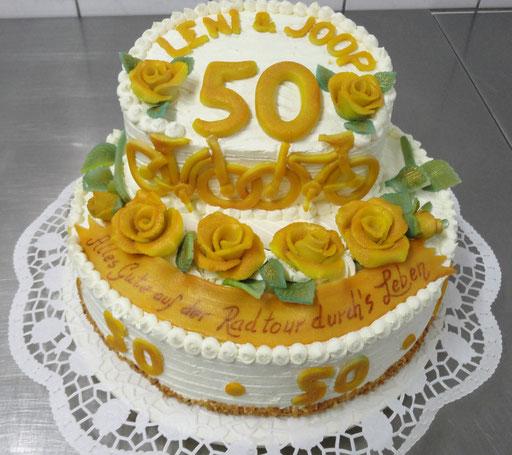 |8|: Torte zur Goldenen Hochzeit