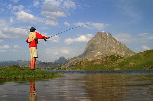 Pêche en Vallée d'Ossau - www.le-refuge-des-marmottes.com