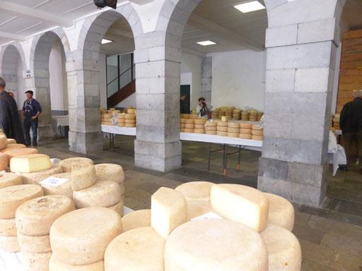 Foire au fromage Laruns - www.le-refuge-des-marmottes.com