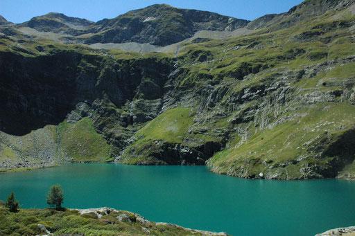 Le lac d'Isabe - www.le-refuge-des-marmottes.com