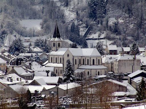 Laruns sous la neige - www.le-refuge-des-marmottes.com
