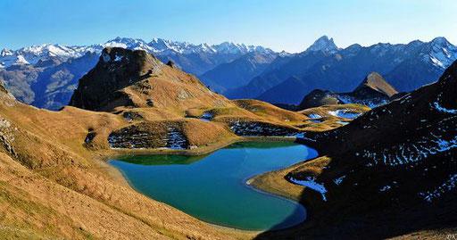 Lac d'Iseye - www.le-refuge-des-marmottes.com