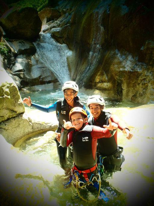 Canyoning en vallée d'Ossau - www.le-refuge-des-marmottes.com