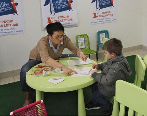 Atelier origami au magasin Leclerc de Landivisiau