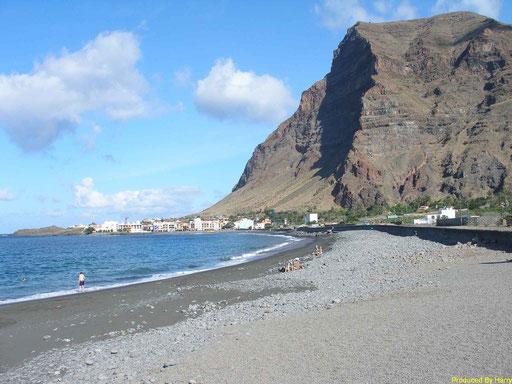 am Strand von Playa La Calera / La Puntilla