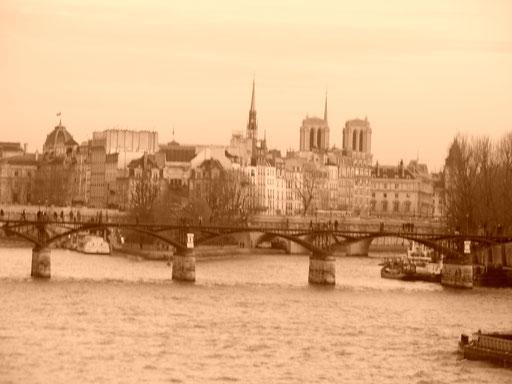 Pont des Arts et île de la Cité