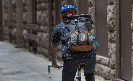Fahrradfahren in der Stadt ist sicherer mit dem Lumos