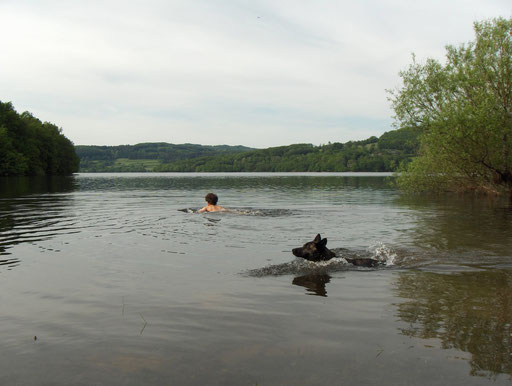 Lac de Panneciere .. meertje i n de Morvan