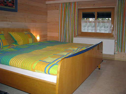 Flats Haus Spannbauer ****: bedroom Plöckenstein