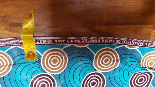 Dianas Kleid: Stoff - Guaranteed Super Java, Printed by Orientar Kingtex aus Giyseny Ruanda. Foto: Diana Mehlbeer