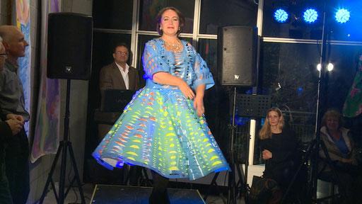 Valentina, Still: Jonnie Döbele