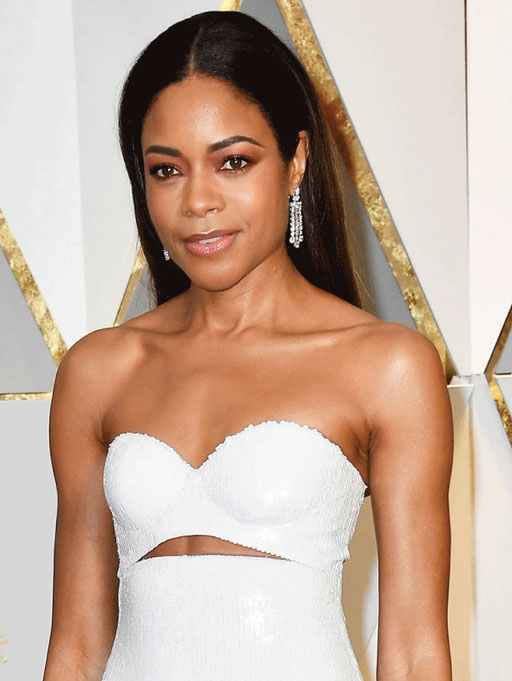 Naomie Harris in Bulgari