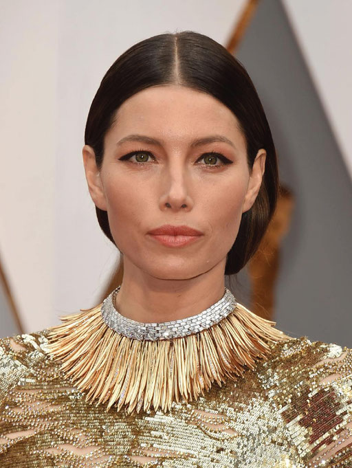 "Jessica Biel wore the Tiffany & Co. ""Whispers of the Rain Forest"" diamond, platinum and 18k gold necklace from the 2017 Blue Book Collection"