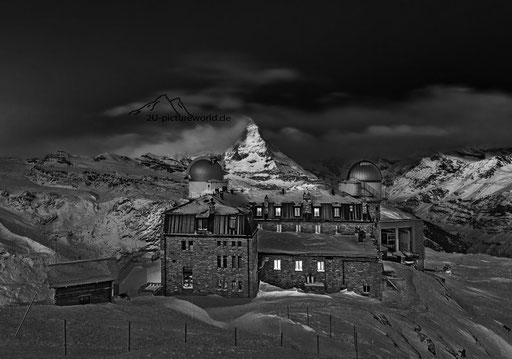 """Bild: Kulm-Hotel bei Nacht, """"Aussichtslage"""""""