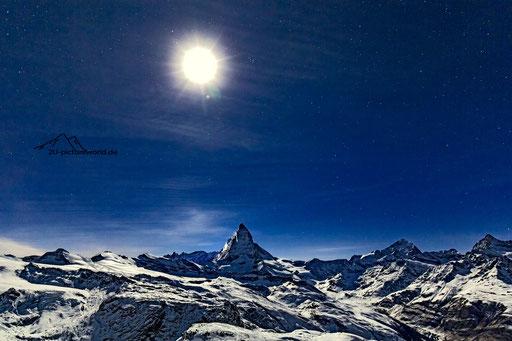"""Bild: Matterhorn bei Vollmond, """"Mondscheinnacht"""""""