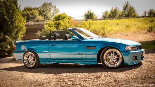 blue BMW Cabrio