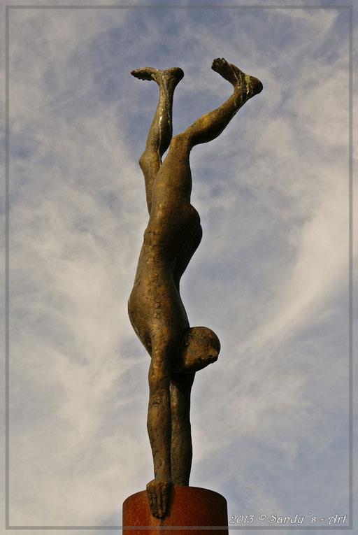 Handstand 2001