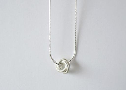minowa/necklace