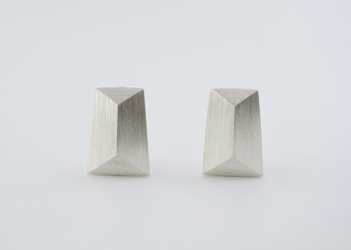 mirror (L) /earrings