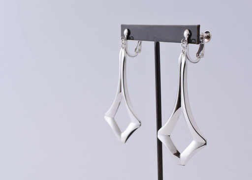 swing / earrings