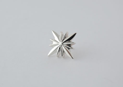 star / brooch
