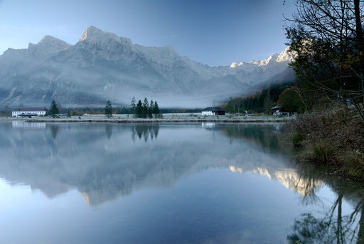 Morgens am Almsee (Österreich)