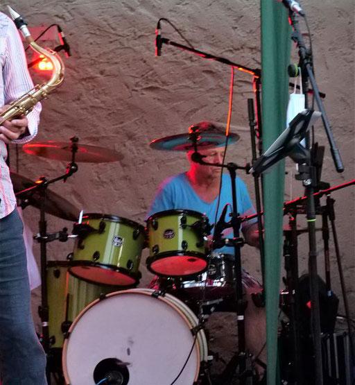 Drummer Uli Gilles