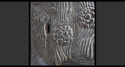 Tabernakeltür (Detail) Treibarbeit in Silber, oxidiert, 1962