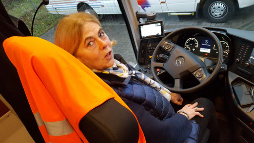 Inge wollte auch mal Bus fahren......