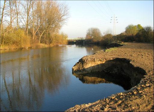 Blick über die Lippe in Richtung Fischerhofbrücke