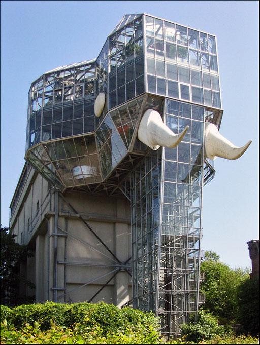 Der Glaselefant im Maximilianpark Hamm.