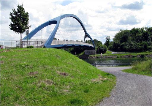 Fußgängerbrücke über den Datteln-Hamm-Kanal