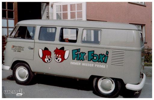 Comichefte von Fix und Foxi als Beschriftungsmotiv für Firma Getzkow.