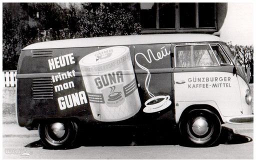 Ein Fahrzeug der Günzburger Kaffee Mittel.
