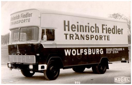 Ein Transport-LKW aus Wolfsburg.