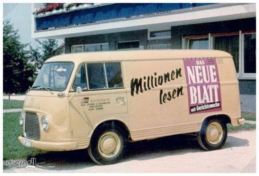 Ein Auslieferfahrzeug des Bücher, Zeitungs- und Zeitschriften-Großhändlers Getzkow.