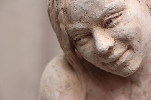 Sculpture terre, corps de femme, sculpteur Langloÿs, art, Toulouse, exposition, Galerie Toulouse, Galerie d'art Toulouse, Art Toulouse, Art, Toulouse