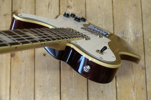 Schecter PT Fastback Gold Top