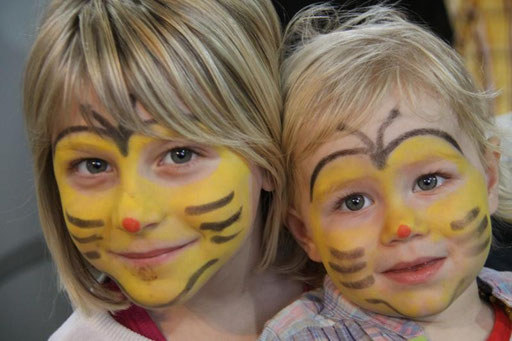 Kinderschminken auf der HGM 2012