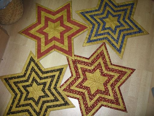 Weihnachtliche Sternendecken ca. 50 bis 68 cm groß - Streifen - 60° Winkel - Rauten - verschiedene Größen erhältlich