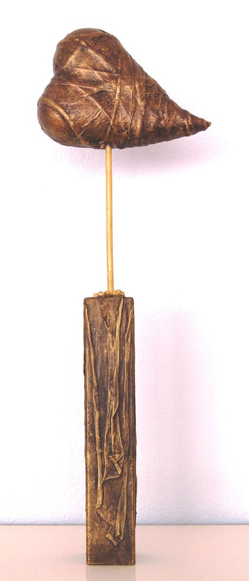 """""""In Liebe"""", Holzsockel, Styroporherz, Dekorationshärter, ca. 50 cm hoch"""
