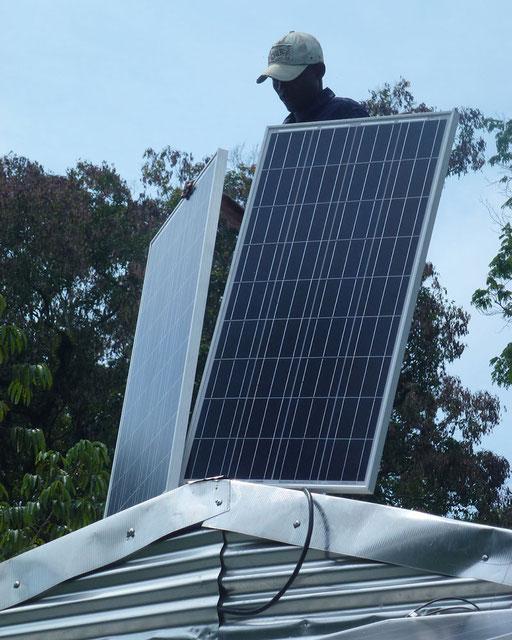 Ekondo Titi, Sud-Ouest –SHS 400 W pour une usine d'huile de palme.