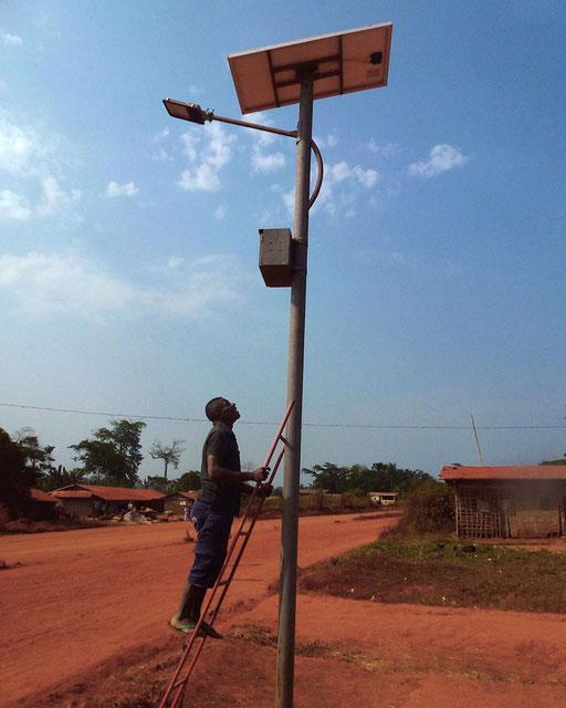Eclairage Public, Messok – 11 lampadaires solaires pour le centre urbain.