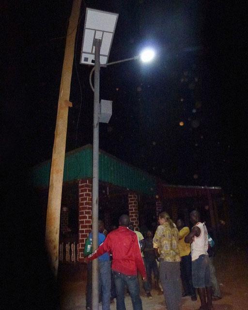 Strassenbeleuchtung Messok – 11 solarbetriebene Strassenlaternen für Messok Centre