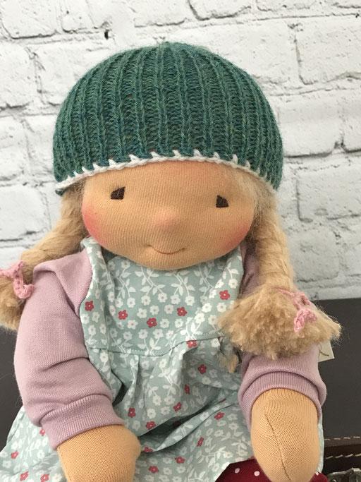 auch Puppenkinder brauchen warme Mützen