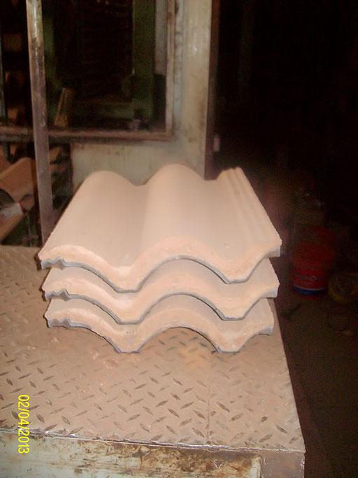 Impianto per la produzione di tegole in cemento marca Vortex Hydra modello Rotary - Rack 8