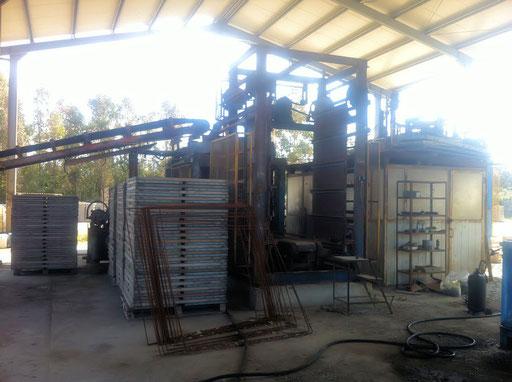 Impianto completo Rosacometta Synthesis fisso automatico, produzione in 8 ore di lavoro circa 16.500 blocchi